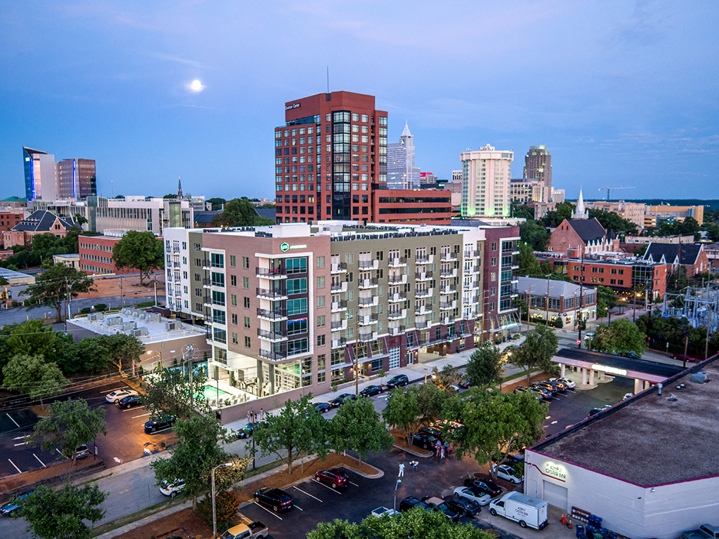 Link Apartments® Glenwood South