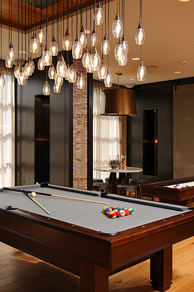 Lounge with Billiards, Shuffleboard and Xbox