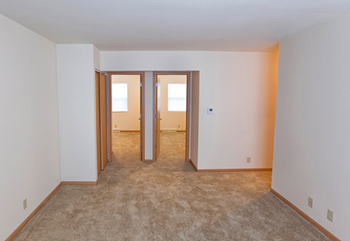 1804 S Grand Ave 2-3 Beds Apartment for Rent Photo Gallery 1