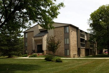 22540 Fairmont Drive 1-2 Beds Apartment for Rent Photo Gallery 1