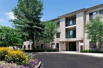 21900 Farmington Road Studio-2 Beds Apartment for Rent Photo Gallery 1