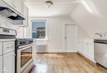 117 Sherman Avenue 1 Bed House for Rent Photo Gallery 1