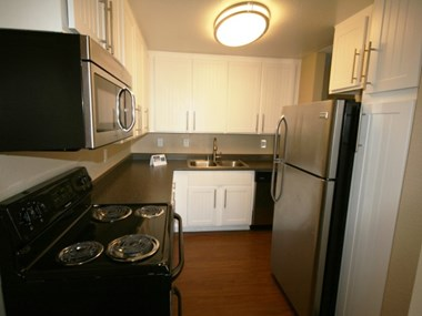 2442 Iowa Ave. Studio-2 Beds Apartment for Rent Photo Gallery 1