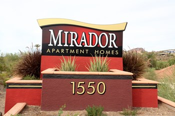 1550 E THUNDERBIRD RD 1-3 Beds Apartment for Rent Photo Gallery 1