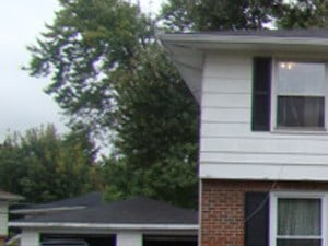 180/182 Greenfield Drive 3 Beds Apartment for Rent Photo Gallery 1