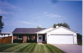 214 Kaymar Drive 3 Beds House for Rent Photo Gallery 1
