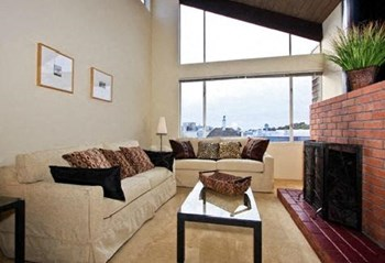 1239 17th Avenue 1-2 Beds Apartment for Rent Photo Gallery 1