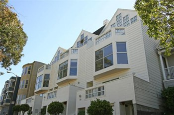 575-579 27th Street 2-3 Beds Apartment for Rent Photo Gallery 1