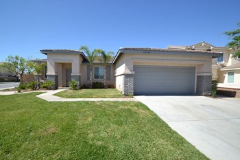 26900 Alta Mira St 3 Beds House for Rent Photo Gallery 1