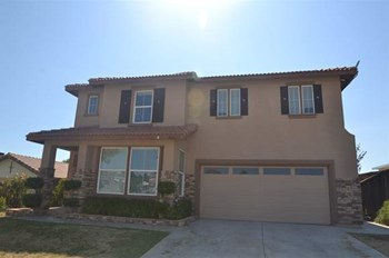 22077 Country Hills Dr 4 Beds House for Rent Photo Gallery 1
