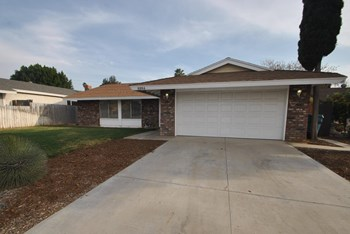 6964 Miami St 4 Beds House for Rent Photo Gallery 1