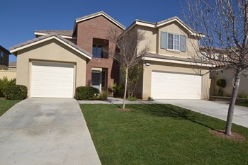3312 Balsa Circle 5 Beds House for Rent Photo Gallery 1