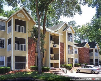 2330 SW Williston Rd 1-3 Beds Apartment for Rent Photo Gallery 1