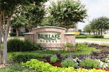 155 lakeside dr. 1-3 Beds Apartment for Rent Photo Gallery 1