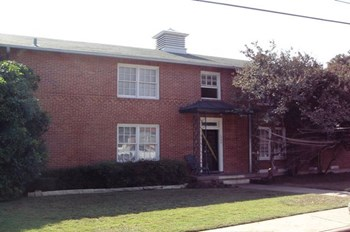 1902 Tarrant Place #B 1-2 Beds Apartment for Rent Photo Gallery 1