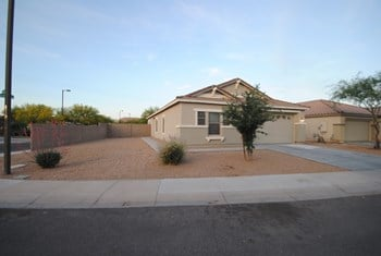25617 W. Nancy Lane 3 Beds House for Rent Photo Gallery 1