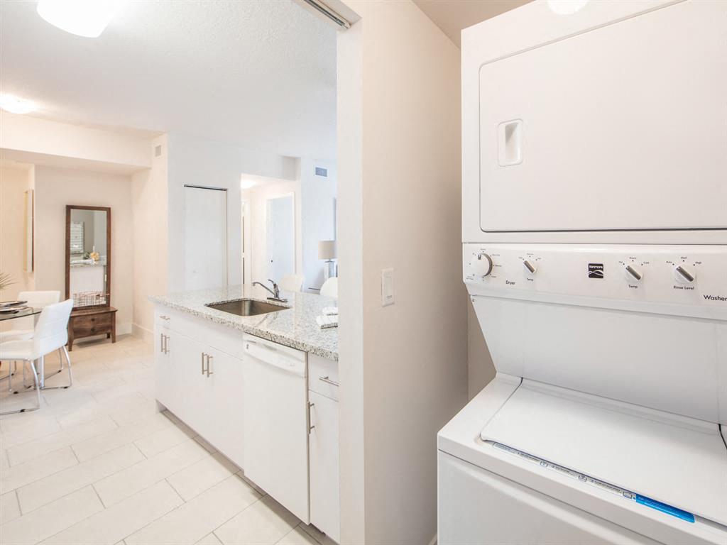 Zoom Gallery Alcazar Apartment Villas property Image #22