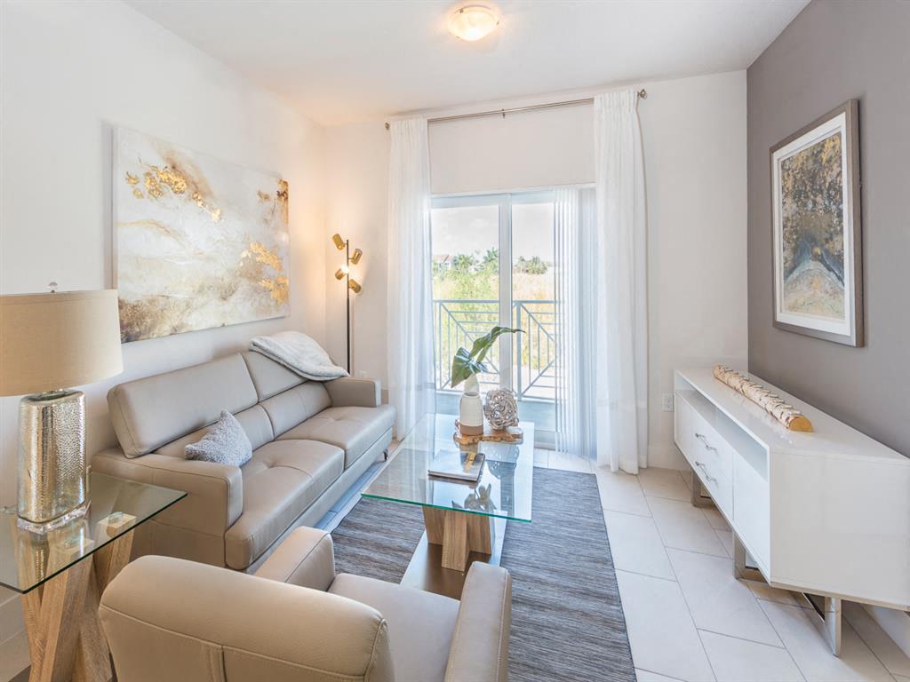 Zoom Gallery Alcazar Apartment Villas property Image #24
