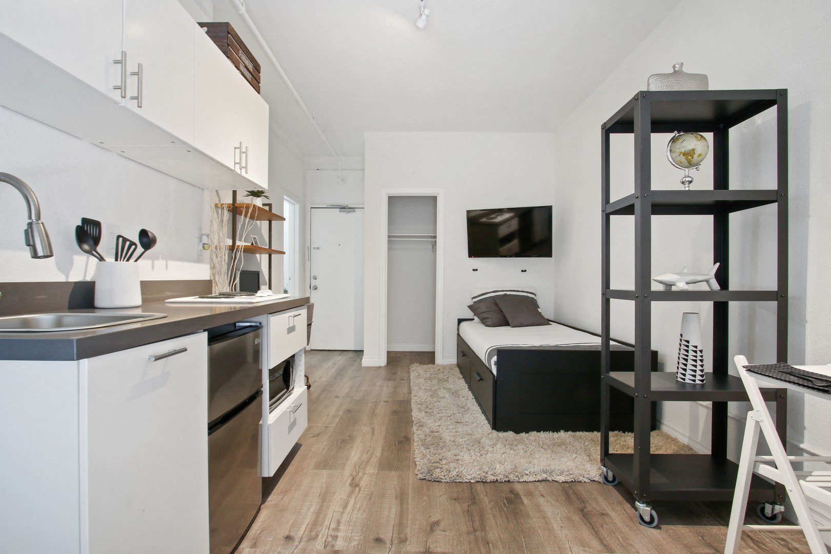 2208 West 8th Street, Los Angeles, CA 90057, 1 Bedroom, 1 Bathroom, Los Angeles County, California, Apartment for Rent