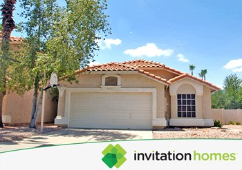 1025 W Cantebria Dr 3 Beds House for Rent Photo Gallery 1