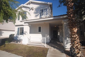 8750 E Lobo Avenue 3 Beds House for Rent Photo Gallery 1