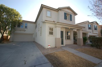 4205 W. Irwin Ave. 3 Beds House for Rent Photo Gallery 1