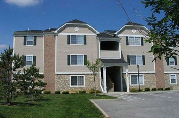 1900 Sanctuary Place Drive 1-3 Beds Apartment for Rent Photo Gallery 1