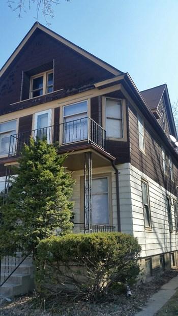 1076 N. 47th Street 2 Beds Duplex/Triplex for Rent Photo Gallery 1