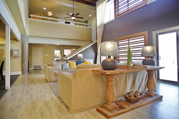 8800 N IH-35 1-2 Beds Apartment for Rent Photo Gallery 1