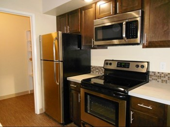 199 Southwest E Avenue 1-2 Beds Apartment for Rent Photo Gallery 1