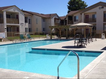 43336 Gadsden Avenue 1-2 Beds Apartment for Rent Photo Gallery 1