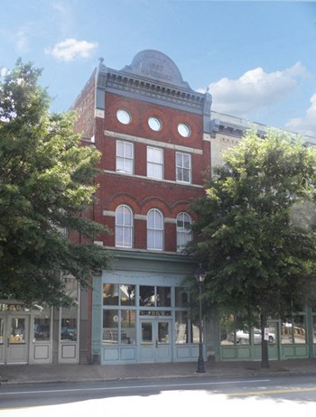 2701 E. Main St. 1-2 Beds Apartment for Rent Photo Gallery 1
