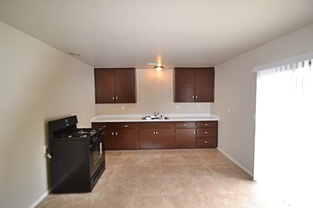 12002 Norwick St 3 Beds House for Rent Photo Gallery 1