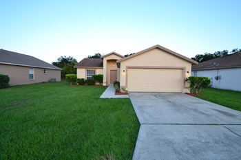3252 Merlot Dr 3 Beds House for Rent Photo Gallery 1