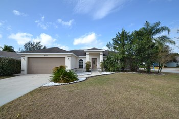 2842 Timbercrest Pl 3 Beds House for Rent Photo Gallery 1
