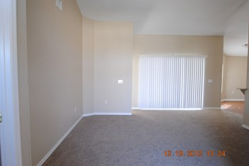 6678 Bordeaux Blvd 3 Beds House for Rent Photo Gallery 1