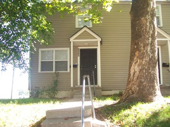 5501 Wabash Ave 2 Beds House for Rent Photo Gallery 1