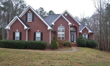 155 Victor Ln 4 Beds House for Rent Photo Gallery 1