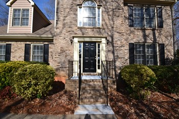 2815 Springrock Hill Trail 5 Beds House for Rent Photo Gallery 1