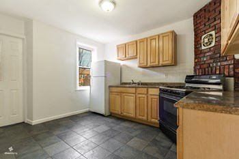 156 Boyd Avenue 2 Beds House for Rent Photo Gallery 1