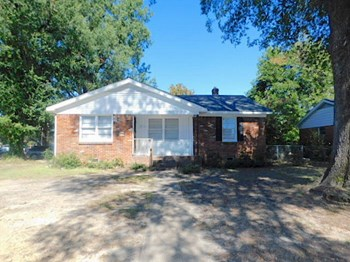 3948 Comanche Road 4 Beds House for Rent Photo Gallery 1