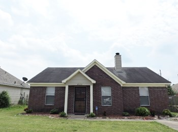 4535 Longtree Ave 3 Beds House for Rent Photo Gallery 1