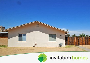 13802 N 47th AVE 3 Beds House for Rent Photo Gallery 1
