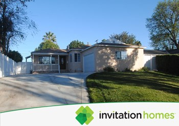 6530 Aura Ave 4 Beds House for Rent Photo Gallery 1