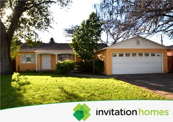 8647 Tyrone Avenue 3 Beds House for Rent Photo Gallery 1
