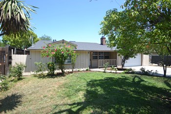 6826 Ranchito Ave 2 Beds House for Rent Photo Gallery 1