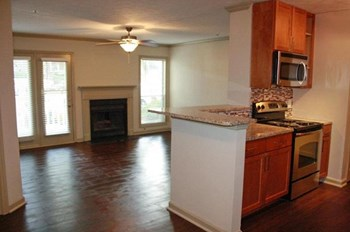 5900 Suffex Green Lane 1-3 Beds Apartment for Rent Photo Gallery 1