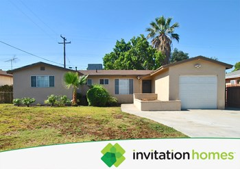 18528 E Duell St 5 Beds House for Rent Photo Gallery 1