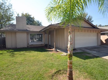 24442 Denise Pl 3 Beds House for Rent Photo Gallery 1