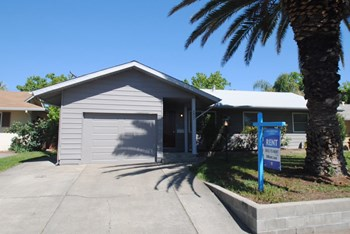 3937 Fargo Way 3 Beds House for Rent Photo Gallery 1